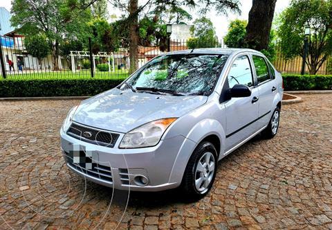 Ford Fiesta Max Ambiente Plus usado (2008) color Gris precio $790.000
