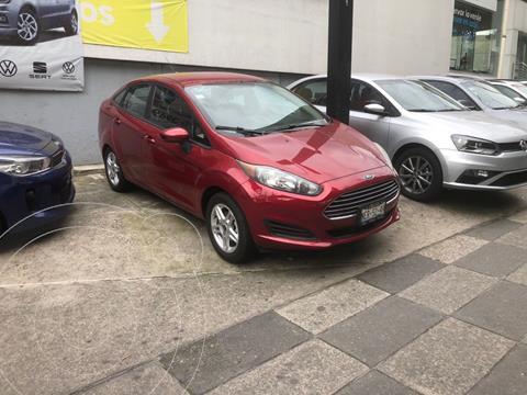 Ford Fiesta Sedan SE usado (2017) color Rojo precio $180,000