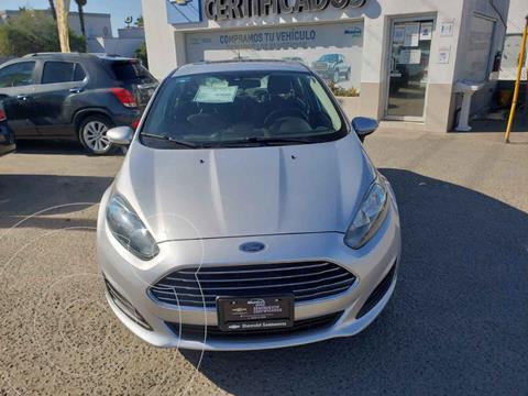 foto Ford Fiesta Sedán SE usado (2016) color Plata precio $155,000
