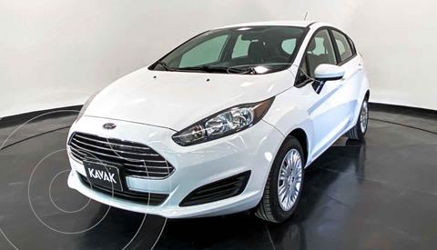 Ford Fiesta Sedan S Aut usado (2015) color Blanco precio $149,999