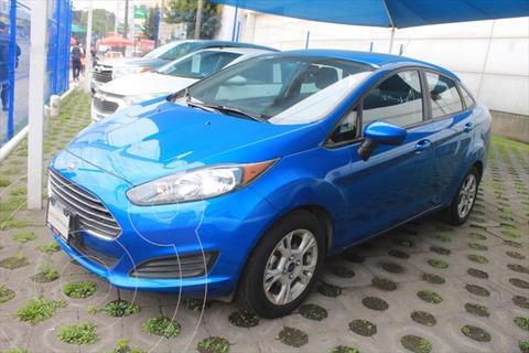 Ford Fiesta Sedan SE usado (2017) color Azul Electrico precio $175,000