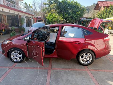 Ford Fiesta Sedan SE usado (2016) color Rojo precio $125,000
