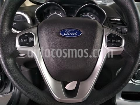 Ford Fiesta Sedan SE Aut usado (2018) color Gris precio $195,000