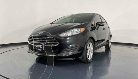 Ford Fiesta Sedan Version usado (2015) color Negro precio $144,999