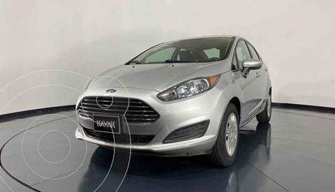 Ford Fiesta Sedan S Aut usado (2015) color Plata precio $137,999