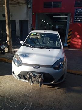 Ford Fiesta  5P Ambiente Plus usado (2011) color Blanco precio $650.000