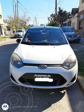Ford Fiesta  5P Ambiente usado (2011) color Blanco precio $730.000