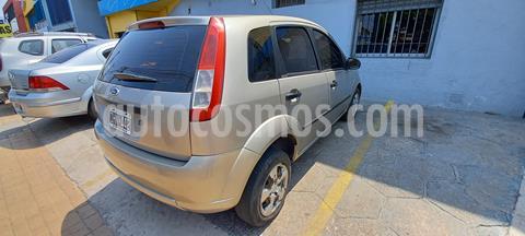 Ford Fiesta  5P Ambiente usado (2009) color Bronce precio $320.000