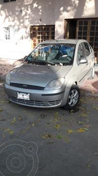 Ford Fiesta  4P Max Ambiente (LN) usado (2006) color Gris Plata  precio $480.000