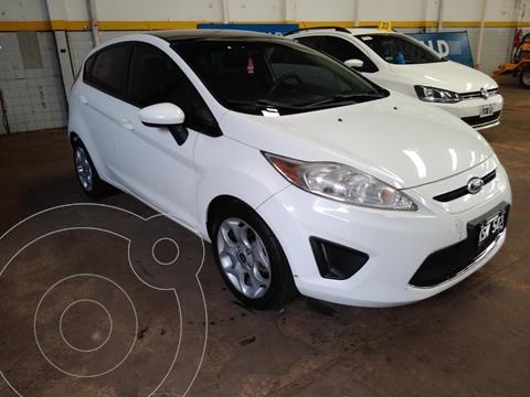Ford Fiesta  1.6 5P TREND (KD) usado (2011) color Blanco precio $960.000
