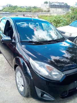 Ford Fiesta Move Aut usado (2012) color Negro precio u$s3.900