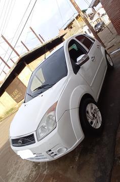 Ford Fiesta 1.6L Aut usado (2010) color Blanco precio u$s2.000