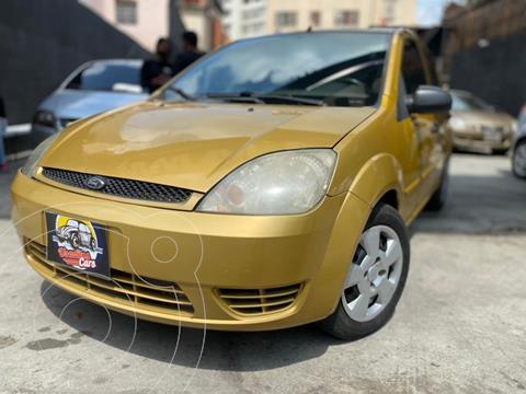 Ford Fiesta 1.6L usado (2005) color Perla Ocre precio u$s2.300