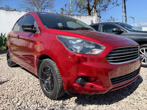 Ford Figo Hatchback IMPULSE TA A/A 5 PUERTAS usado (2017) color Rojo precio $129,999
