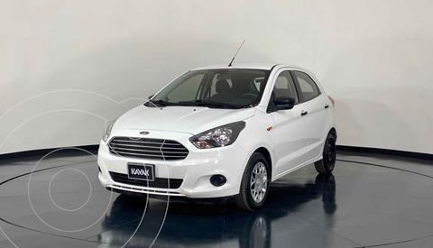 Ford Figo Sedan Version usado (2016) color Blanco precio $139,999