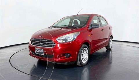 Ford Figo Sedan Version usado (2016) color Rojo precio $139,999