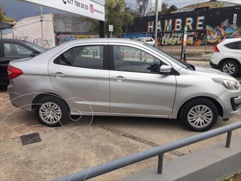 Ford Figo Sedan Impulse A/A usado (2019) color Plata precio $189,000