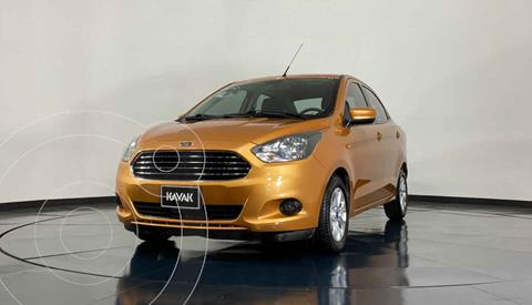 Ford Figo Sedan Titanium Aut usado (2016) color Naranja precio $152,999