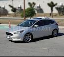 Ford Focus Hatchback SE Appearance Aut usado (2015) color Gris precio $150,000
