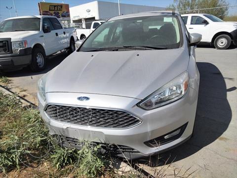 Ford Focus Hatchback SE usado (2016) color Plata precio $215,000