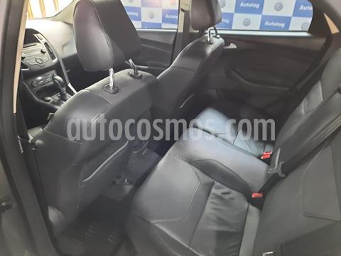 foto Ford Focus Sedán 2.0L SE Plus Aut usado (2016) color Gris Mercurio precio $1.299.999