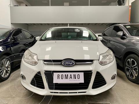 Ford Focus Sedan 2.0L SE usado (2015) color Blanco Oxford precio $1.300.000