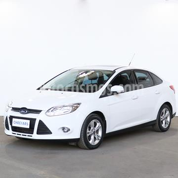 foto Ford Focus Sedán 2.0L SE Plus Aut usado (2015) color Blanco Oxford precio $1.157.000