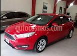 Foto venta Auto usado Ford Focus 5P 1.6L S (2015) color Rojo Bari precio $490.000