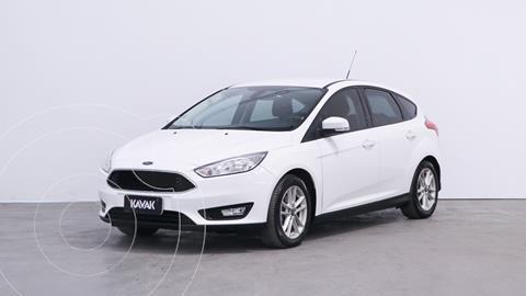 Ford Focus 5P 1.6L S usado (2017) color Blanco Oxford precio $1.820.000