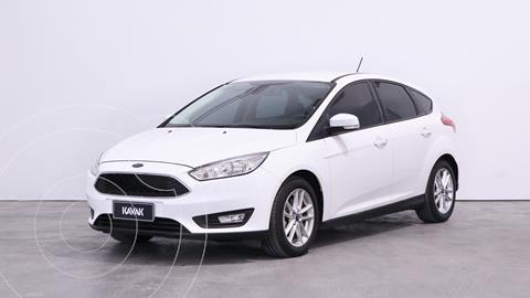 Ford Focus 5P 1.6L S usado (2019) color Blanco Oxford precio $1.940.000
