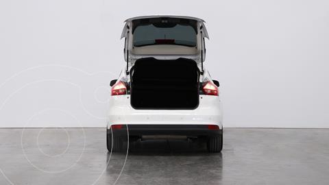 Ford Focus 5P 2.0L SE Plus Aut usado (2017) color Blanco Oxford precio $1.920.000