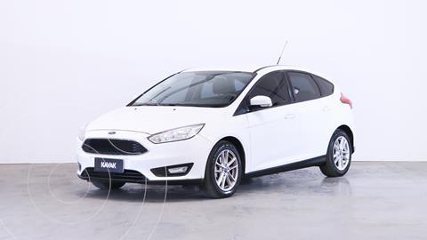 Ford Focus 5P 1.6L S usado (2016) color Blanco Oxford precio $1.600.000