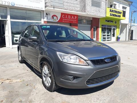 Ford Focus 5P 2.0L Trend usado (2011) color Gris Mercurio financiado en cuotas(anticipo $470.000)