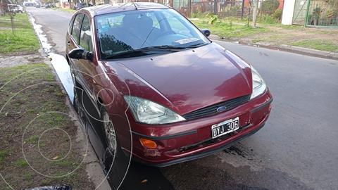 Ford Focus 5P CLX usado (2002) color Rojo precio $480.000