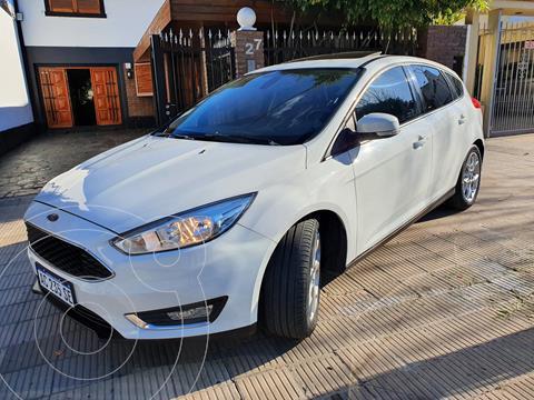 Ford Focus 5P 2.0L SE Plus Aut usado (2018) color Blanco precio $2.350.000