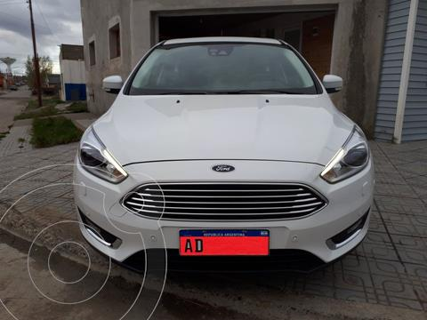 Ford Focus 5P 2.0L Titanium usado (2019) color Blanco Oxford precio $2.200.000