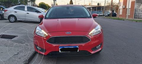 Ford Focus 5P 1.6L S usado (2018) color Rojo Bari precio $1.590.000