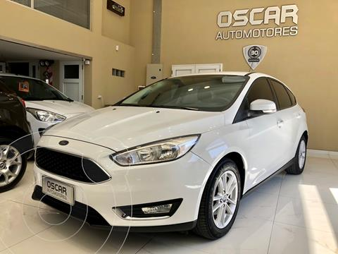 Ford Focus 5P 2.0L SE usado (2016) color Blanco Oxford precio $1.479.000