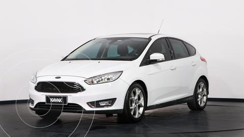 Ford Focus 5P 2.0L SE Plus Aut usado (2017) color Blanco Oxford precio $1.950.000