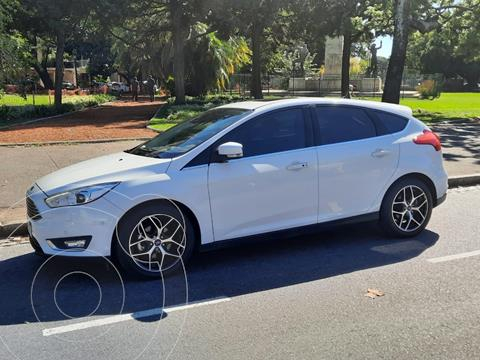 foto Ford Focus 5P 2.0L Titanium Aut usado (2016) color Blanco Oxford precio $1.950.000