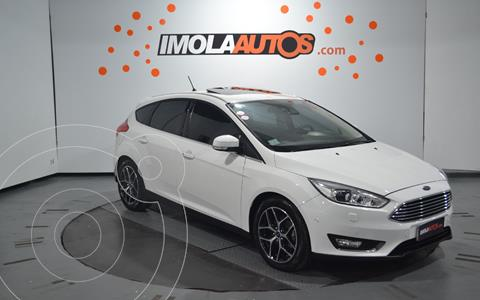 Ford Focus 5P 2.0L Titanium Aut usado (2018) color Blanco Oxford precio $2.500.000
