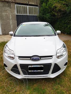 Ford Focus 5P 1.6L S usado (2015) color Blanco precio $1.210.000
