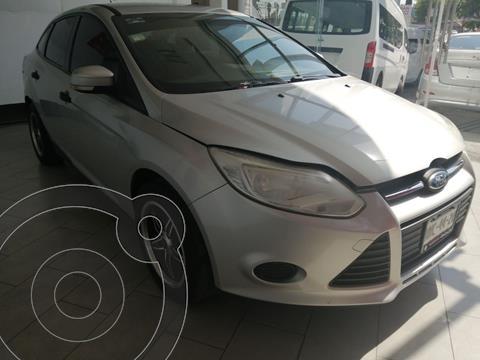 Ford Focus Ambiente usado (2014) color Plata Estelar precio $129,900
