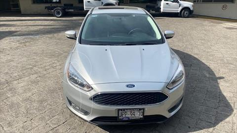 Ford Focus SE Aut usado (2017) color Gris precio $249,000