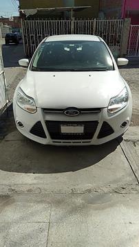 Ford Focus SE Aut usado (2012) color Blanco Oxford precio $105,000