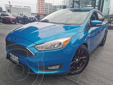 Ford Focus SE usado (2016) color Azul precio $200,000