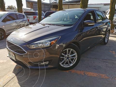 Ford Focus SE usado (2015) color Gris Mercurio precio $184,000