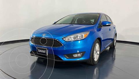 Ford Focus Version usado (2015) color Azul precio $174,999