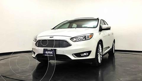 Ford Focus SE Aut usado (2018) color Blanco precio $277,999