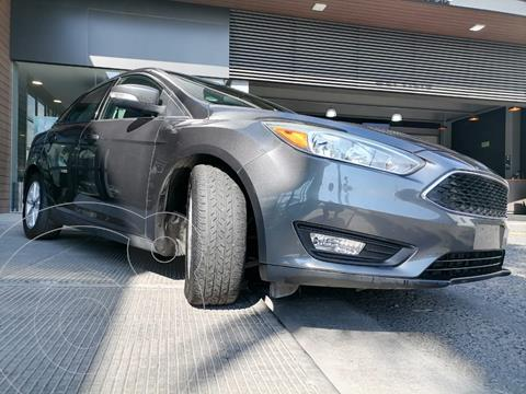 Ford Focus SE usado (2015) color Gris Mercurio precio $159,000